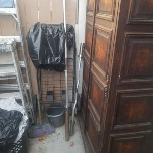 Olympic barbell And Olympic Curl Bar for Sale in El Cajon, CA
