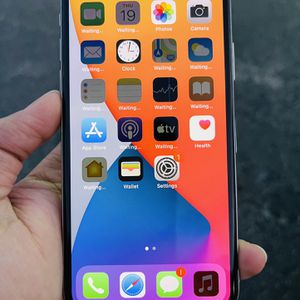 iPhone X 256GB AT&T Metro Cricket Tmobile for Sale in Austin, TX