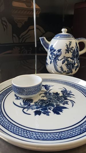 Chinese tea set in white and blue for Sale in West Los Angeles, CA