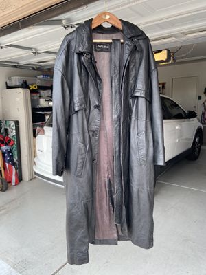 Pelle Moda Long Black Leather Jacket, men's sz XL for Sale in Sun City, AZ