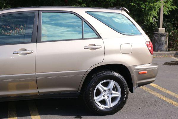 1999 Lexus RX 300 Luxury SUV