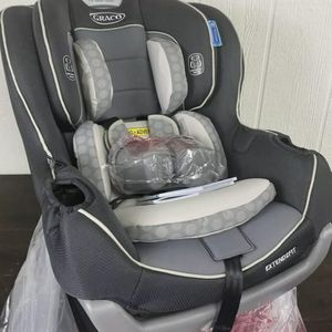 New Opened Graco Extend2Fit Convertible Car Seat Ride Rear Facing Longer, Davis for Sale in Los Angeles, CA