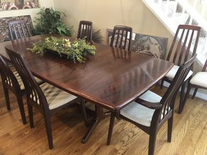 Rare East India Rosewood Dining Set for Sale in Colorado Springs, CO
