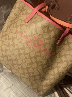 Coach XL Purse for Sale in St. Petersburg,  FL
