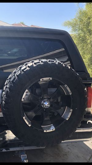 Off road 22 in tires for Sale in Lake Forest, CA