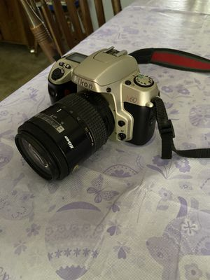 Nikon N60 film camera with lens for Sale in West Springfield, MA