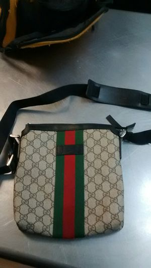Authentic Gucci messenger bag for Sale in Philadelphia, PA