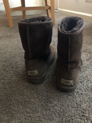 Ugg boots size 9 for Sale in Las Vegas, NV