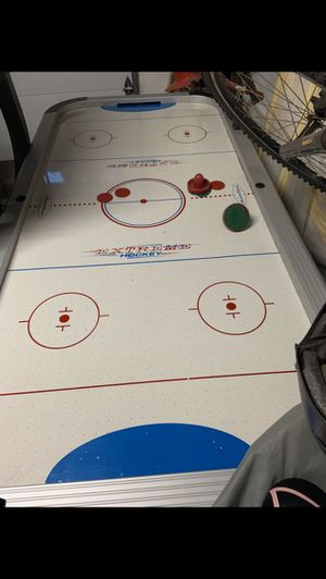 Full size air hockey table *no deliveries* for Sale in Artesia, CA