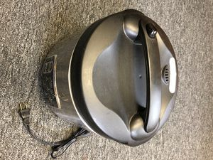 Aroma Rice Cooker, Slow Cooker, Steamer for Sale in Oak Park, IL