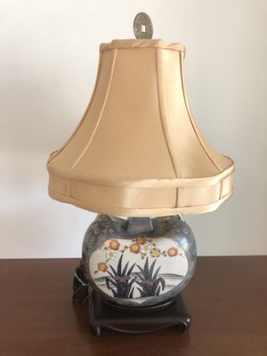 Lovely vintage Asian hand-painted lamp with custom shade for Sale in Lake Worth, FL