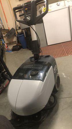 Advance sc351. Scrubber floor maquine for Sale in Marlborough,  MA