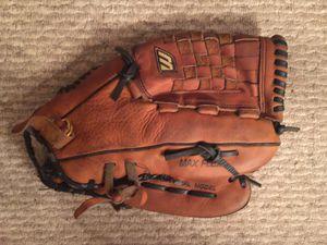 "Wilson RHT Professional Leather Baseball Glove, Muzino 1309T GC 13"" for Sale in Little River, SC"
