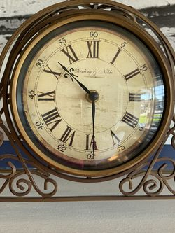 antique ironing mantel clock for Sale in Pico Rivera,  CA