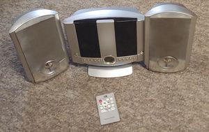 Durabrand AM/FM, CD Player, Alarm Clock With Remote for Sale in Graham, NC