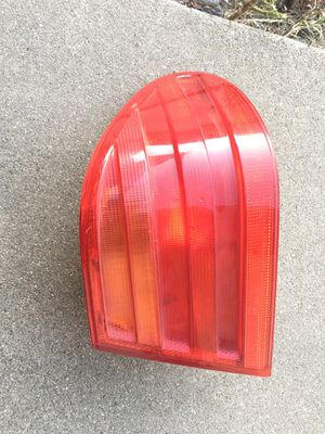 Genuine right rear tail light Mercedes 1996 1997 1998 1999 for Sale in Montclair, CA