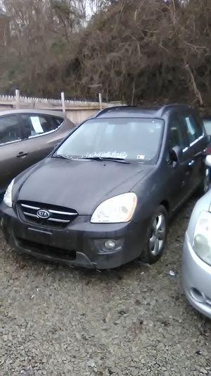 2007 Kia Rondo for Sale in Mount Oliver, PA