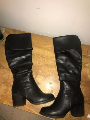 KneeHigh Boots for Sale in Cleveland, MS