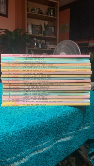 Vibtage Mickey Mouse full book collection 1-19 for Sale in Prospect Heights, IL