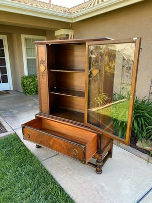 """GORGEOUS VINTAGE ANTIQUE CURIO / CHINA / COLLECTORS DISPLAY CABINET W/ DRAWER (CIRCA 30'S/40'S)46""""W×17""""D×64""""H for Sale in Corona, CA"""
