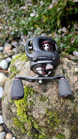 Haibo smart dual brake baitcast fishing reel for Sale in Duvall, WA