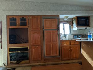2002 3295 RK Montana FW Camper Trailer for Sale in New Springfield, OH