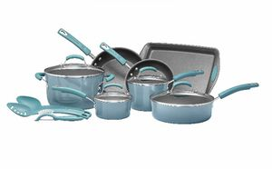 Rachael Ray 14pc Nonstick Cookware Set A complete cookware set that comes with 14 kitchen pieces that are made of aluminum The sturdy and durable co for Sale in Arcadia, CA