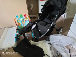 Car seat and stroller Britax and stuffs baby for Sale in Aspen Hill, MD