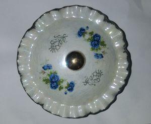 1960s korean vintage porcelain trinket box for Sale in Schaumburg, IL
