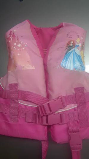 Kids princess life jacket 30-50lbs for Sale in Waterford, PA