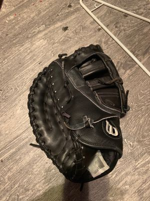 Wilson pro A2000 first basemen glove size 12.25 for Sale in Phoenix, AZ
