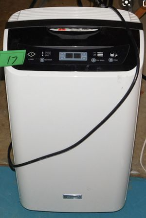 Kenmore Elite dehumidifier with remote sensor control works for Sale in Reynoldsburg, OH