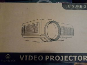 New VANKYO Leisure 3 1080P Supported Mini Projector (White) for Sale in Ashburn, VA