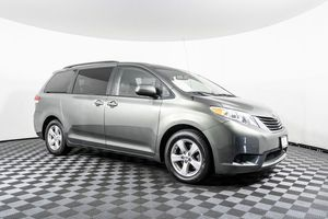 2013 Toyota Sienna for Sale in Puyallup, WA