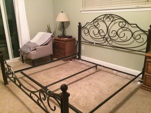 Cal King bed frame for sale! LIKE NEW for Sale in Shasta Lake, CA