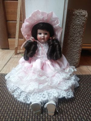 Vintage Poreclain Doll for Sale in Troutdale, OR