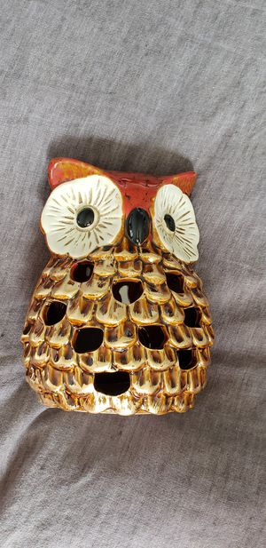 "7"" tall candle holder owl decoration year-round or great for fall / autumn /thanksgiving. 5.5"" wide 7"" tall for Sale in Ontario, CA"