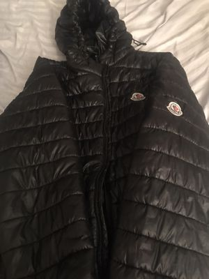 Black Moncler Jacket size 2x for Sale in Clinton Township, MI
