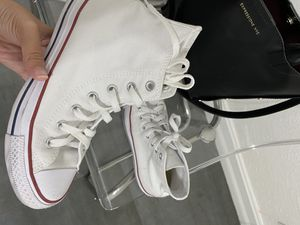 High top white converse for Sale in Pinellas Park, FL