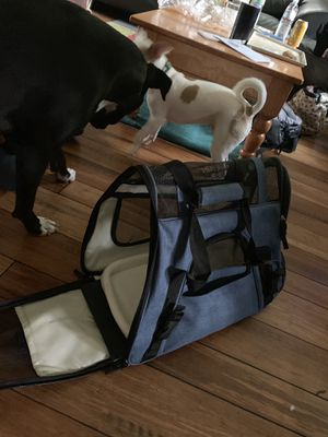 Small travel kennel for Sale in US
