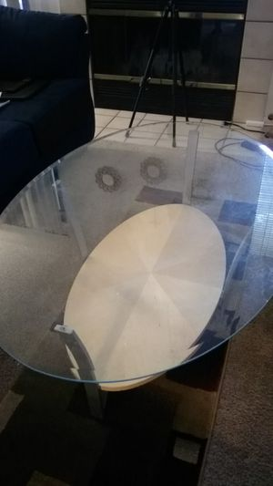 Glass coffee table for Sale in Fresno, CA