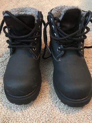 Boots waterproof snow boots for Sale in Eldersburg, MD