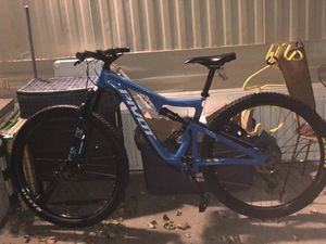 2016 Carbon Pivot Mach 429 $2150 Or Offers for Sale in Eau Claire, WI