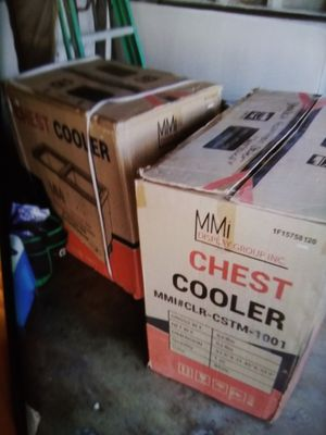 Mmi chest cooler refrigerator for Sale in Los Angeles, CA
