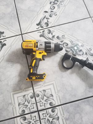 DEWALT 20-Volt MAX XR Lithium-Ion Cordless 1/2 in. Premium Brushless Hammer Drill (Tool-Only) for Sale in Compton, CA