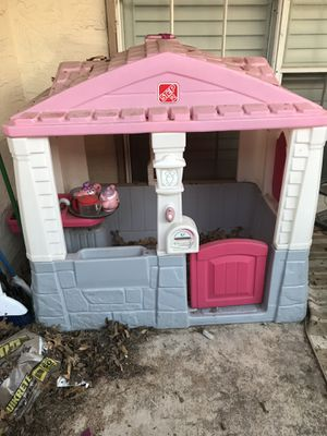 Barbie play house for sale. In good condition and still has majority of everything it came with. Paid 349.99 about 2 years and and now this exact Ba for Sale in Dallas, TX