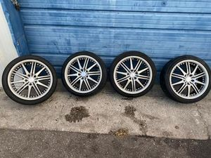 Super clean 18inch rims and tires honda toyota 5×100 for Sale in Tampa, FL