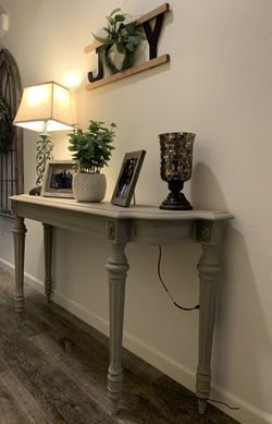 """Sofa Table- Side Table 55""""L x 30"""" H x 14.5"""" W for Sale in Visalia, CA"""