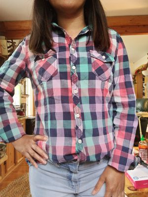 Forever 21. Checkered Button up shirt. Very comfy to pair it with jeans or summer shorts. for Sale in Williamsburg, MI