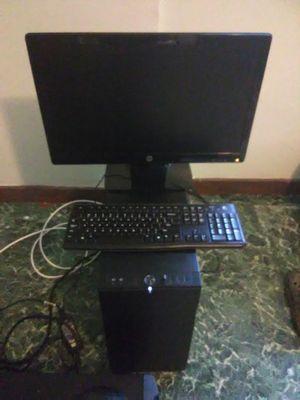 Desktop computer for Sale in Alvin, TX